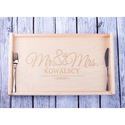 Mr & Mrs - grawerowany stolik śniadaniowy