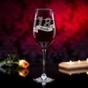 Prezent na urodziny - grawerowany kieliszek do wina